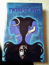 Draculas Hexenjagd - Twins of Evil (Große Hartbox, Limitiert auf 99 Stück) (1971) [FSK 18]